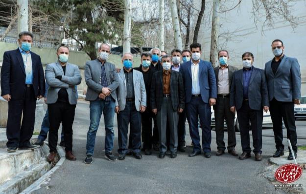 دعوت جمعی از مسئولان هیأتهای مذهبی استان همدان از دکتر احمدینژاد برای حضور در انتخابات ریاست جمهوری + تصاویر