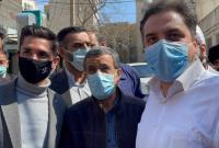 عکس یادگاری مردم بهارستان و اسلامشهر با دکتر احمدی نژاد در میدان ۷۲ نارمک