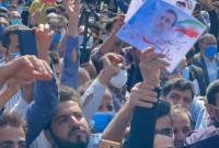 استقبال گرم و پرشور از دکتر احمدی نژاد در دشت سیلاخور، روستای کلنگانه استان لرستان
