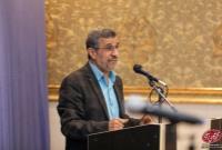 دکتر احمدینژاد: فتحعلیشاه بیش از نصف مملکت را داده بود میگفت مردم بیایید جشن بگیرید شکرگزاری کنید!