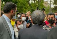 دکتر احمدی نژاد: آنهایی که بالا نشستهاند، اگر به راه ملتها نیایند همه چیز زیر و رو میشود