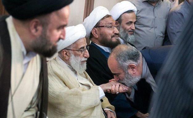 یادداشت جوانفکر/ خسارات جبران ناپذیر تایید صلاحیت روحانی توسط شورای نگهبان و لزوم اعاده حق پس از عدم احراز صلاحیت دکتر احمدینژاد