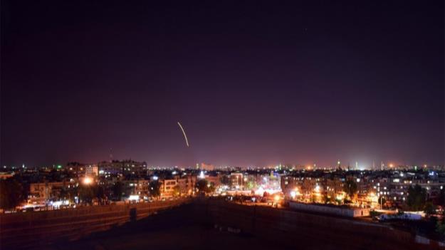 کارخانههای صنایع دفاع سوریه زیر آتش جنگندههای اسرائیلی