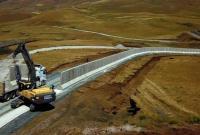 ترکیه در مرزش با ایران دیوار بتنی میکشد