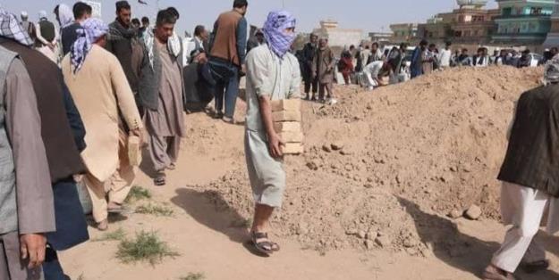 آمار شهدای حمله تروریستی به مسجد قندوز به 150 تن رسید