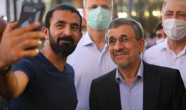 آیا احمدینژاد دنبال دیده شدن است؟!/ جوانفکر: آب در هاون میکوبید!