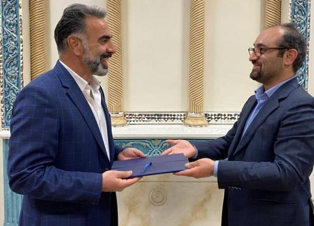 محمود فکری با قراردادی دو ساله به عنوان سرمربی استقلال انتخاب شد