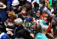 بازگشت مورالس به بولیوی در میان استقبال گسترده بومیان