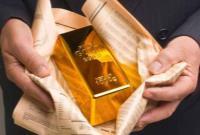 تنشهای چین و آمریکا قیمت جهانی طلا را بالاتر برد؛ ۱۸۷۰ دلار