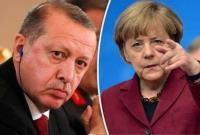 مرکل خطاب به اردوغان: مقابله با یونان یعنی جنگ با اروپا